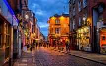 Dublin-nightlife-the-templebar-district-xlarge