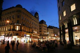 Sttephanplatz,_Graben,_Vienna,_Austria