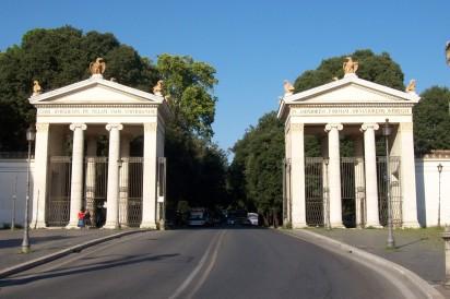 2013-09-02_Roma_ingresso_Villa_Borghese