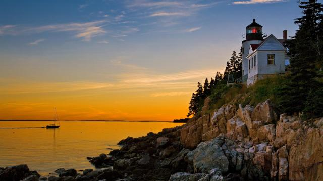 bass-harbor-lighthouse-acadia-national-park-maine