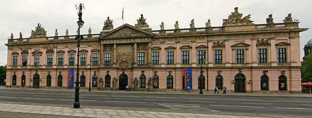 800px-deutsches_historisches_museum_berlin