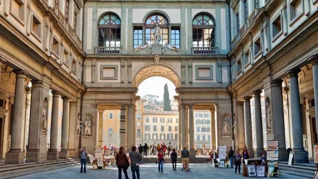 exterior-galeria-uffizi