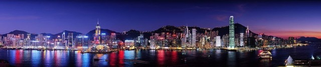 1000px-hong_kong_at_night