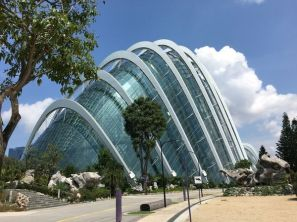 Gardens-by-the-Bay-estufas-Flower-Dome-e-Cloud-Forest