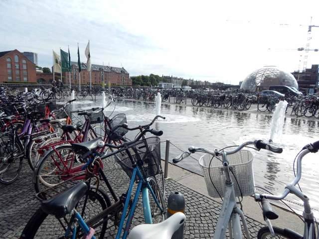 Copenhagen-Capital-das-bicicletas-ft-Marco-Briones-X-web